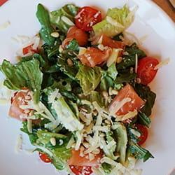 Zanonza Open Bar Салат с лососем
